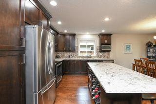 Photo 10: 2074 Lambert Dr in : CV Courtenay City House for sale (Comox Valley)  : MLS®# 878973