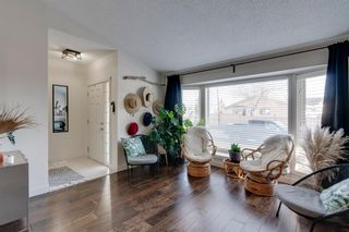 Photo 3: 192 Rivervalley Crescent SE in Calgary: Riverbend Detached for sale : MLS®# A1099130