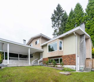 Photo 2: 2539 ARUNDEL Lane in Coquitlam: Coquitlam East House for sale : MLS®# R2590231