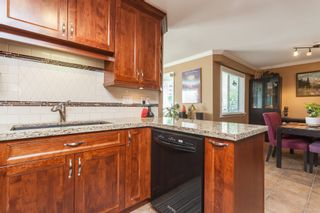 """Photo 19: 307 15941 MARINE Drive: White Rock Condo for sale in """"THE HERITAGE"""" (South Surrey White Rock)  : MLS®# R2408083"""