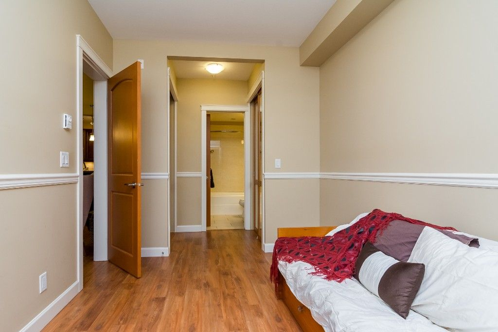 """Photo 28: Photos: 155 8328 207A Street in Langley: Willoughby Heights Condo for sale in """"YORKSON CREEK"""" : MLS®# R2201226"""