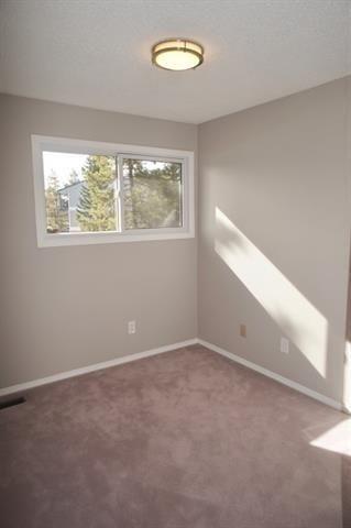 Photo 7: 12018 25 Avenue in Edmonton: Zone 16 Townhouse for sale : MLS®# E4245623