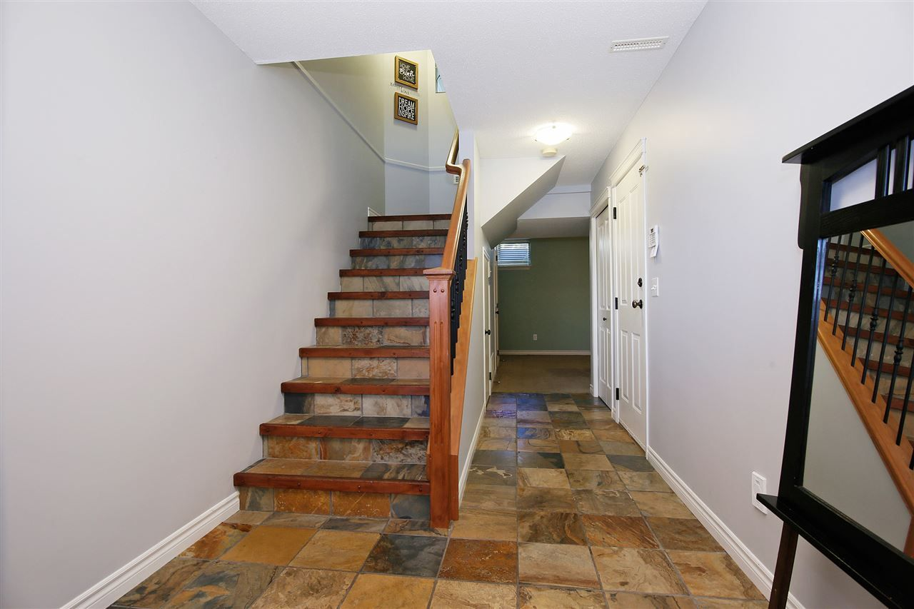 """Photo 13: Photos: 2 46840 RUSSELL Road in Sardis: Promontory Townhouse for sale in """"TIMBER RIDGE"""" : MLS®# R2197387"""