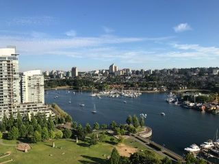 "Main Photo: 2102 638 BEACH Crescent in Vancouver: Yaletown Condo for sale in ""ICON 1"" (Vancouver West)  : MLS(r) # R2190638"