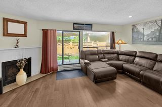 Photo 2: 6 9151 FOREST GROVE DRIVE in Burnaby: Forest Hills BN Townhouse for sale (Burnaby North)  : MLS®# R2426367