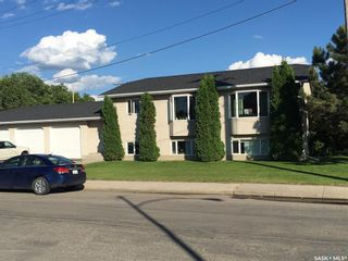 Photo 4: 608 Gray Avenue in Saskatoon: Sutherland Residential for sale : MLS®# SK847542