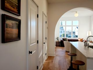 Photo 5: 27 230 Wilson St in : VW Victoria West Row/Townhouse for sale (Victoria West)  : MLS®# 866094