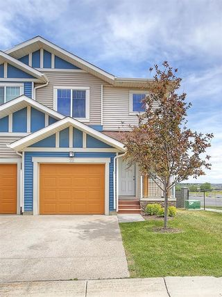 Photo 1: 22 SAGE HILL Common NW in Calgary: Sage Hill House for sale : MLS®# C4124640