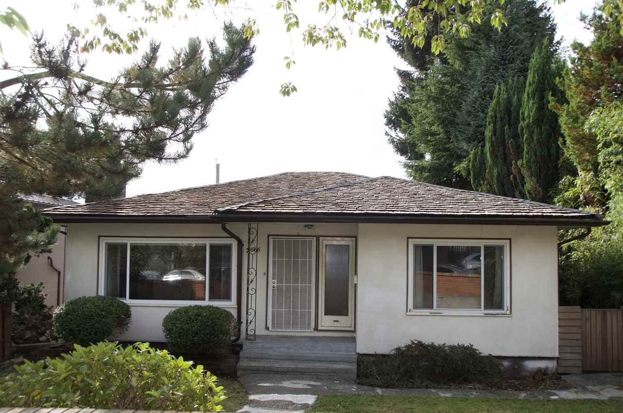 Main Photo: 2666 E 6TH Avenue in Vancouver: Renfrew VE House for sale (Vancouver East)  : MLS®# R2510192