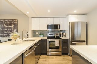 Photo 3: 12 960 W 13TH AVENUE in Vancouver: Fairview VW Townhouse for sale (Vancouver West)  : MLS®# R2248217