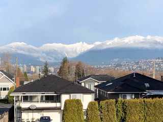 Photo 18: 7807 ELWELL Street in Burnaby: Burnaby Lake House for sale (Burnaby South)  : MLS®# R2591903