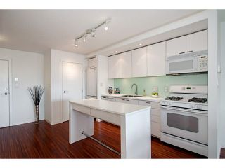 "Photo 9: 318 328 E 11TH Avenue in Vancouver: Mount Pleasant VE Condo for sale in ""Uno"" (Vancouver East)  : MLS®# V1061290"