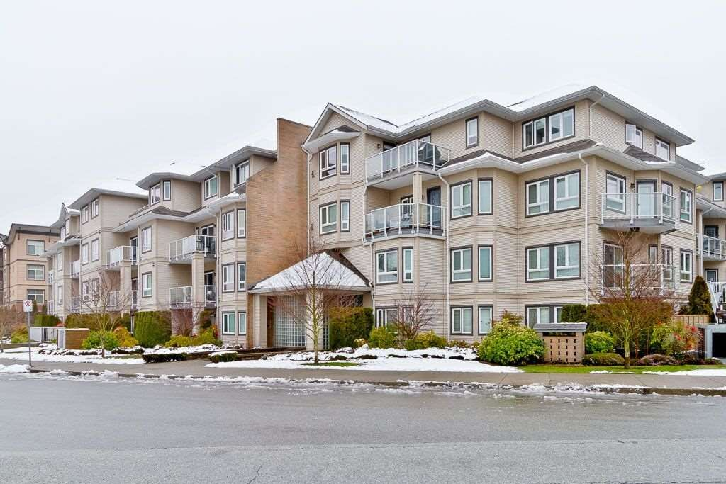 "Main Photo: 311 8142 120A Street in Surrey: Queen Mary Park Surrey Condo for sale in ""STERLING COURT"" : MLS®# R2434284"
