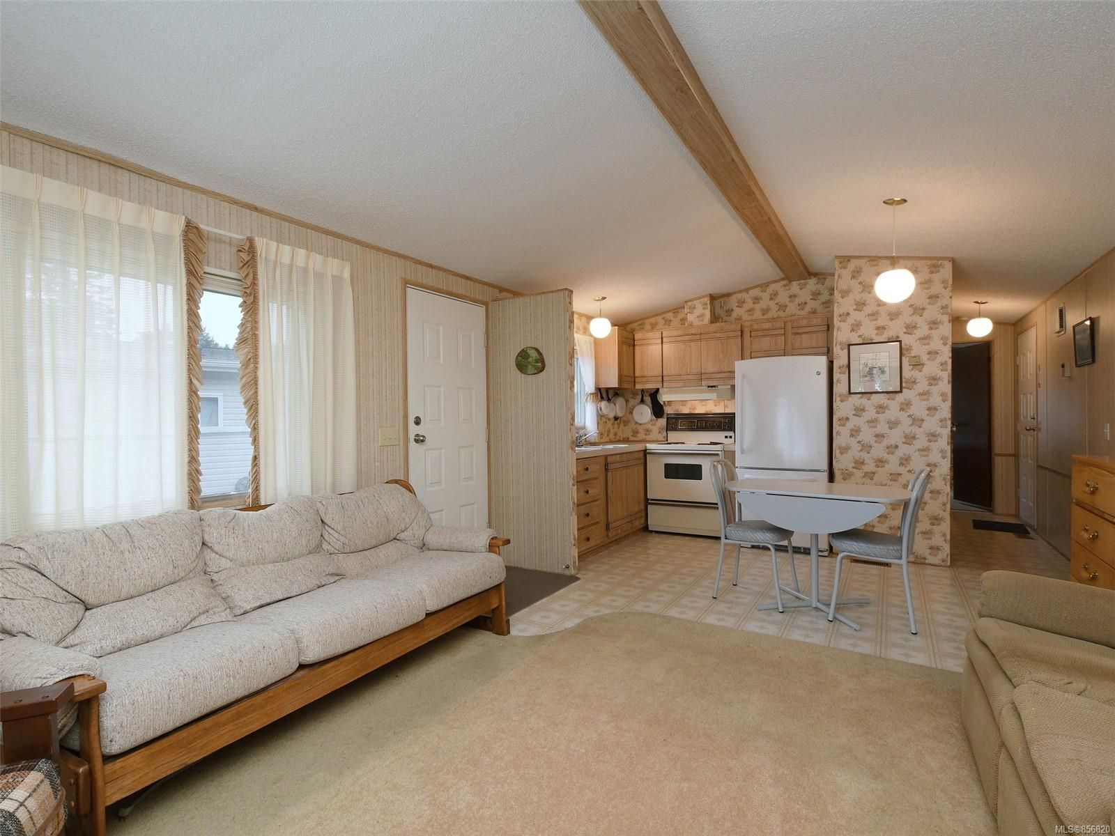 Photo 4: Photos: 25 7871 West Coast Rd in : Sk Kemp Lake Manufactured Home for sale (Sooke)  : MLS®# 856820