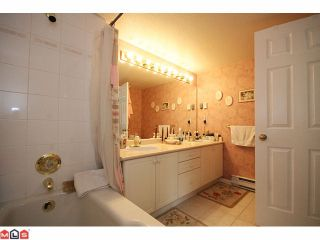 """Photo 8: 101 20120 56TH Avenue in Langley: Langley City Condo for sale in """"BLACKBERRY LANE 1"""" : MLS®# F1102193"""