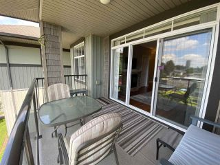 """Photo 12: 402 2068 SANDALWOOD Crescent in Abbotsford: Central Abbotsford Condo for sale in """"The Sterling 2"""" : MLS®# R2469396"""
