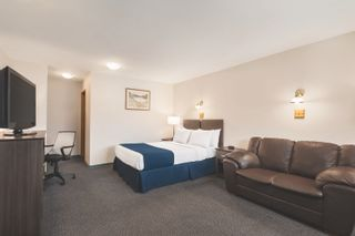 Photo 6: Travelodge For Sale in BC: Business with Property for sale