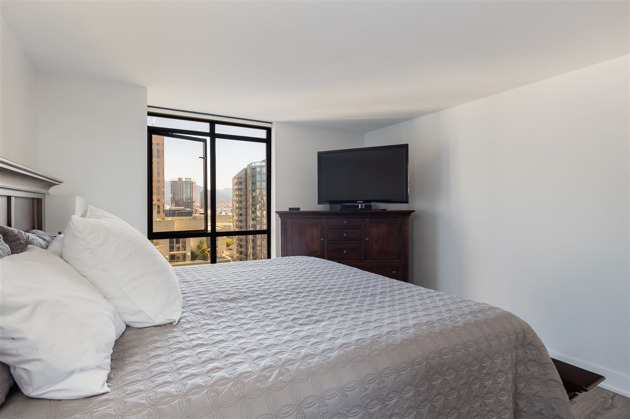 """Photo 13: Photos: 2101 867 HAMILTON Street in Vancouver: Downtown VW Condo for sale in """"Jardine's Lookout"""" (Vancouver West)  : MLS®# R2569511"""
