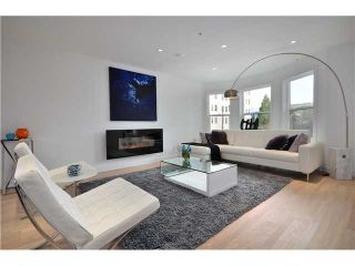 """Photo 2: 1560 COMOX Street in Vancouver: West End VW Townhouse for sale in """"C & C"""" (Vancouver West)  : MLS®# V931031"""