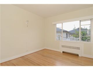 """Photo 10: 4 2110 W 47TH Avenue in Vancouver: Kerrisdale Condo for sale in """"BOULEVARD APARTMENTS"""" (Vancouver West)  : MLS®# V1025864"""