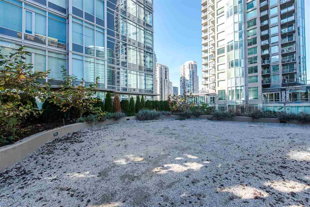 """Photo 19: Photos: 2901 888 HOMER Street in Vancouver: Downtown VW Condo for sale in """"Biasley"""" (Vancouver West)  : MLS®# R2010144"""