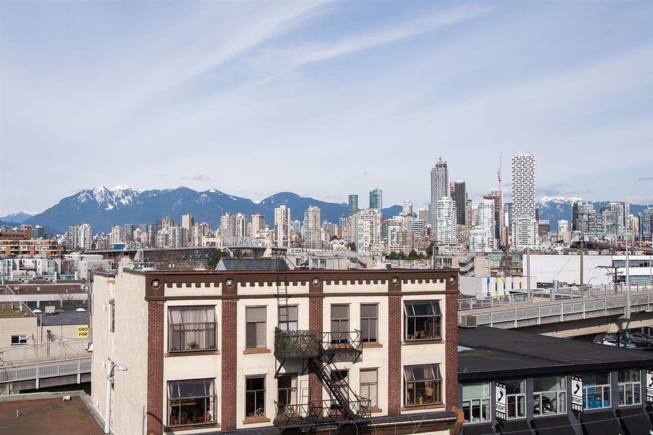 "Photo 37: Photos: 411 1628 W 4TH Avenue in Vancouver: False Creek Condo for sale in ""RADIUS"" (Vancouver West)  : MLS®# R2552543"