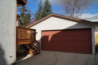 Photo 2: 3 Sand Lily Drive in Winnipeg: Single Family Detached for sale (River Park South)  : MLS®# 1426863