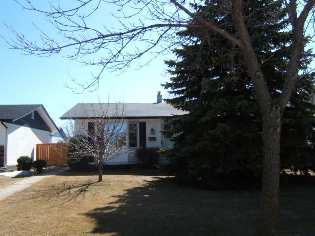 Main Photo: 144 ALLENBY Crescent in WINNIPEG: Transcona Residential for sale (North East Winnipeg)  : MLS®# 1106309