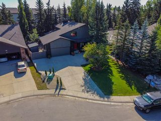 Photo 3: 4 Silvergrove Place NW in Calgary: Silver Springs Detached for sale : MLS®# A1148856