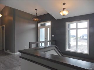 Photo 4: 29 Dovetail Crescent in Oak Bluff: RM of MacDonald Residential for sale (R08)  : MLS®# 1719867
