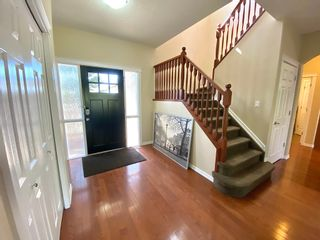 Photo 2: 648 Gessinger Rd in Edmonton: House for rent