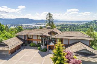 Photo 1: 34869 FERNDALE Avenue in Mission: Mission BC House for sale : MLS®# R2551524