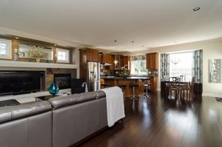 """Photo 12: 15698 23A Avenue in Surrey: Sunnyside Park Surrey House for sale in """"Cranley Gate"""" (South Surrey White Rock)  : MLS®# F1437322"""