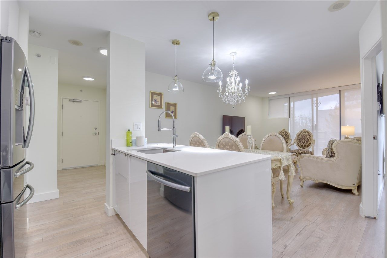 """Photo 16: Photos: 507 124 W 1ST Street in North Vancouver: Lower Lonsdale Condo for sale in """"THE """"Q"""""""" : MLS®# R2509553"""