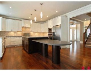 Photo 2: 16211 31ST Ave in South Surrey White Rock: Grandview Surrey Home for sale ()  : MLS®# F2811233