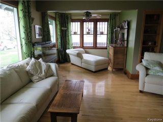 Photo 3: 25 Ellesmere Avenue in WINNIPEG: St Vital Residential for sale (South East Winnipeg)  : MLS®# 1412521