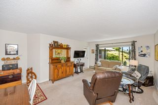 Photo 4: 215 10110 Fifth St in : Si Sidney North-East Condo for sale (Sidney)  : MLS®# 880325