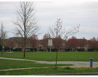 """Photo 7: 428 5888 DOVER Crescent in Richmond: Riverdale RI Condo for sale in """"PELICAN POINTE"""" : MLS®# V702334"""