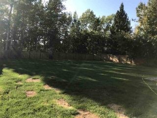 """Photo 3: 10050 257 Road in Fort St. John: Fort St. John - Rural W 100th House for sale in """"AIRPORT SUBDIVISION"""" (Fort St. John (Zone 60))  : MLS®# R2405365"""