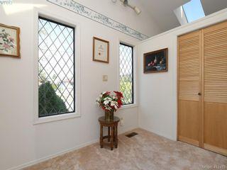 Photo 18: 469 Sturdee St in VICTORIA: Es Esquimalt House for sale (Esquimalt)  : MLS®# 817896