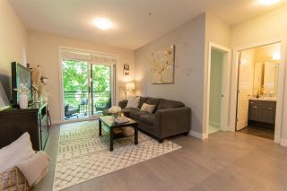"""Photo 7: 206 20058 FRASER Highway in Langley: Langley City Condo for sale in """"Varsity"""" : MLS®# R2587744"""