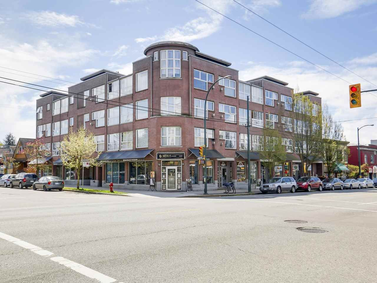 """Main Photo: 303 2025 STEPHENS Street in Vancouver: Kitsilano Condo for sale in """"STEPHENS COURT"""" (Vancouver West)  : MLS®# R2161721"""