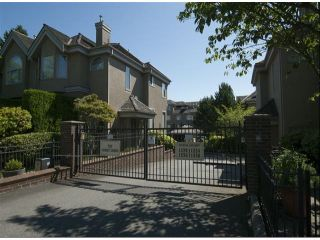 """Photo 2: 1534 BEST Street: White Rock Townhouse for sale in """"The Courtyards"""" (South Surrey White Rock)  : MLS®# F1316341"""