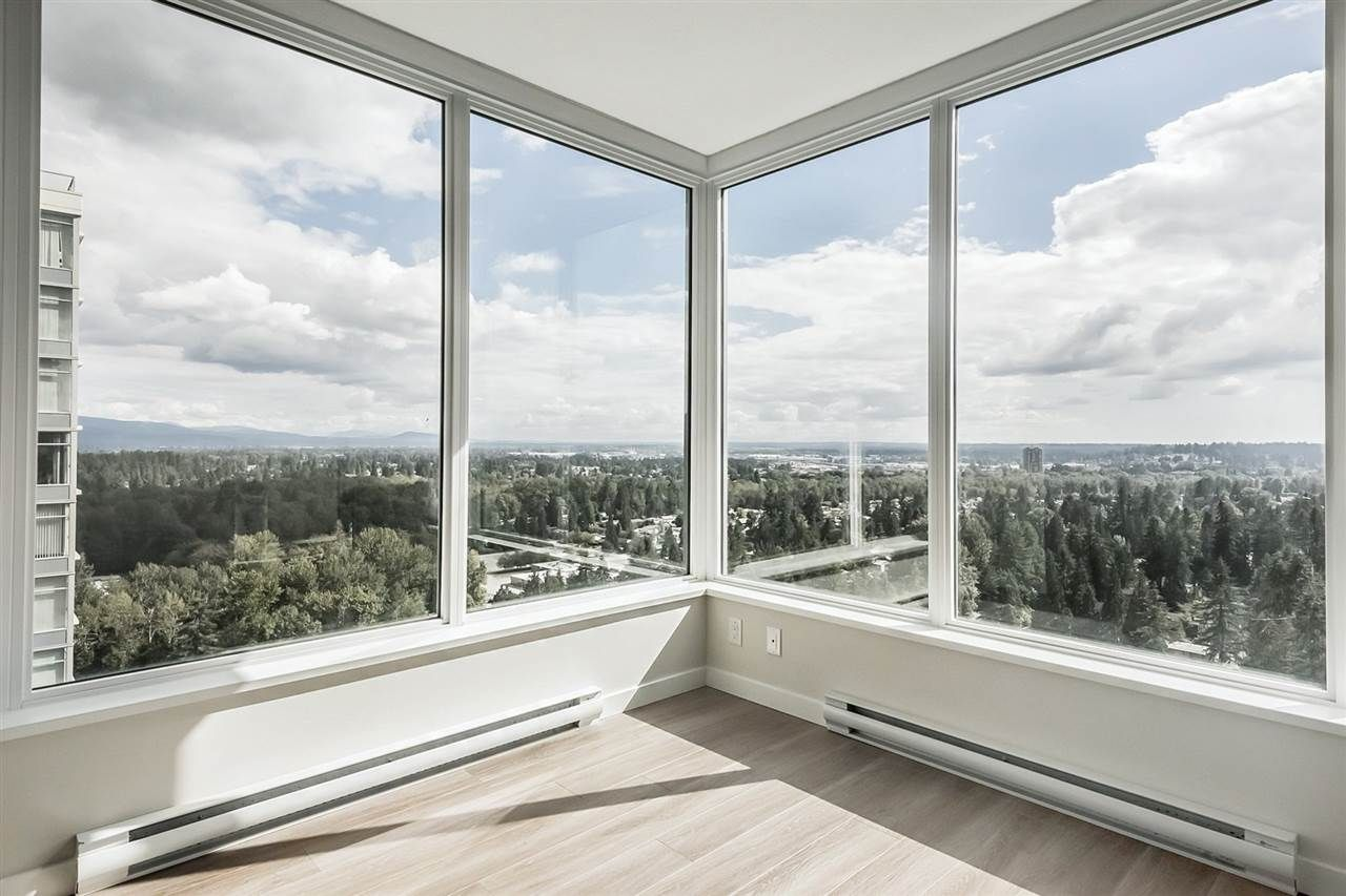 """Main Photo: 2301 3100 WINDSOR Gate in Coquitlam: New Horizons Condo for sale in """"The Lloyd"""" : MLS®# R2328161"""