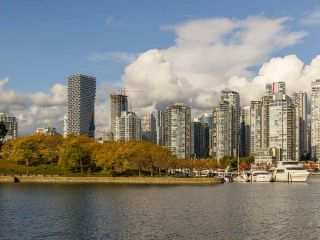 Photo 26: 205 1318 W 6TH AVENUE in Vancouver: Fairview VW Condo for sale (Vancouver West)  : MLS®# R2508933