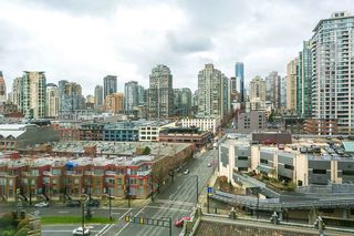"""Photo 2: 1208 989 BEATTY Street in Vancouver: Yaletown Condo for sale in """"NOVA"""" (Vancouver West)  : MLS®# R2045517"""