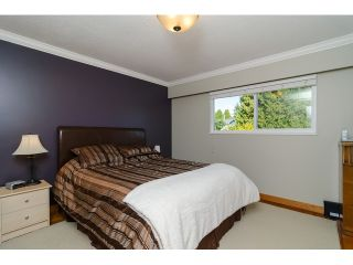 Photo 12: 15871 THRIFT Avenue: White Rock House for sale (South Surrey White Rock)  : MLS®# R2057585
