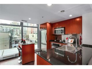 """Photo 9: 316 1255 SEYMOUR Street in Vancouver: Downtown VW Townhouse for sale in """"ELAN"""" (Vancouver West)  : MLS®# V1087221"""
