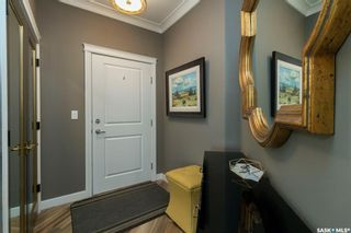 Photo 2: 202 405 Cartwright Street in Saskatoon: The Willows Residential for sale : MLS®# SK850393
