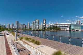 """Photo 34: 501 181 W 1ST Avenue in Vancouver: False Creek Condo for sale in """"BROOK - Village On False Creek"""" (Vancouver West)  : MLS®# R2524212"""